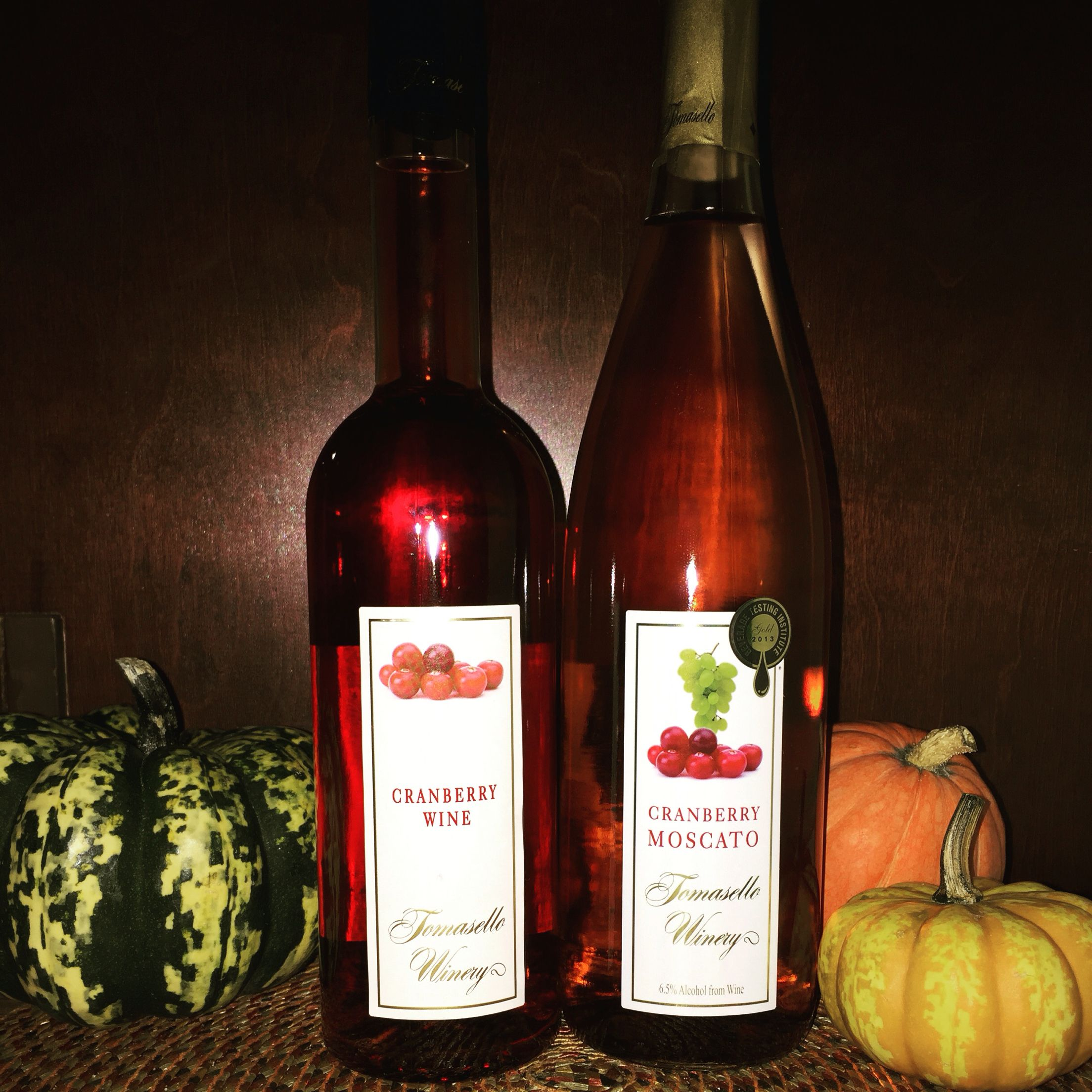 Tomasello Winery Cranberry Wine And Cranberry Moscato Cranberry Wine Moscato Wine Summertime Drinks