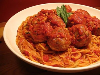 Quinoa Spaghetti & Turkey Meatballs by thefoodiephysician: 'The key to using ground turkey is to infuse it with ingredients that add a lot of flavor and moisture to the meat.'  #Spaghetti #Quinoa #Meatballs #thefoodiephysician