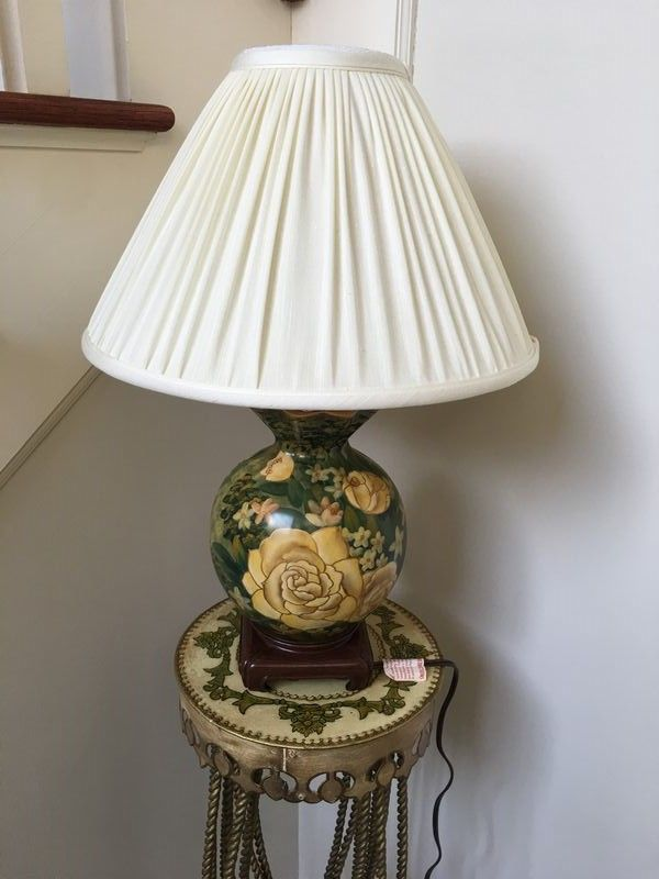 Painted Ornate Metal Stand With Lamp Home Decor Styles Lamp Decor Styles