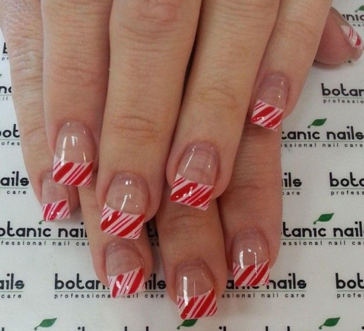Candy Cane French Tips Candy Cane Nails French Tip Nails Xmas Nail Designs