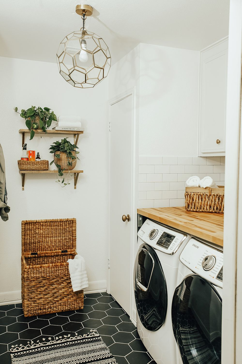 7 Dreamy Laundry Room Before and Afters - The Effortless Chic #laundryrooms
