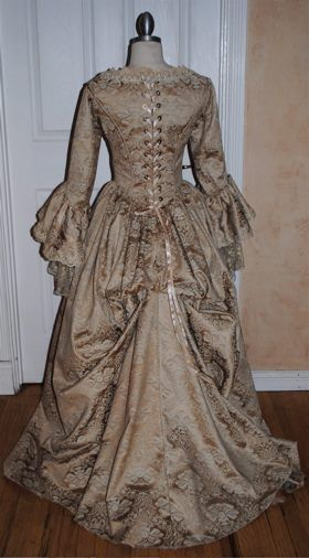 Elizabeth Swann Gown From Pirates Of The Carribean Fantasy Gowns