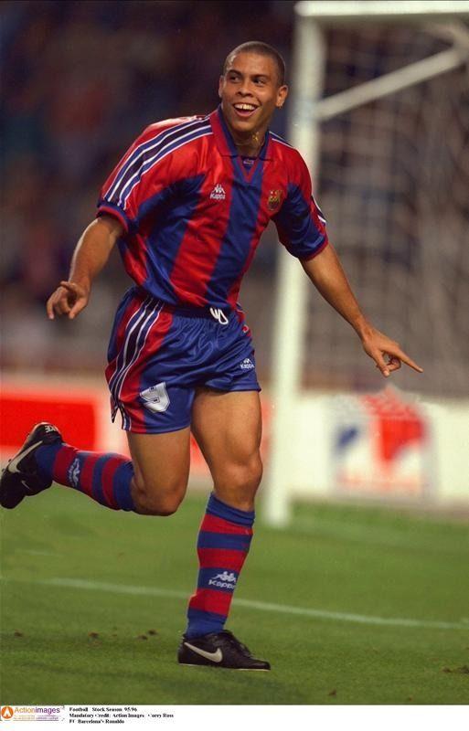 3e4587cabe7 Ronaldo Luis Nazario de Lima. Brazil s legendary
