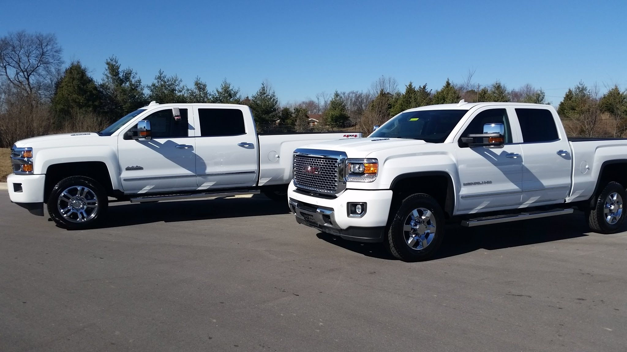 2015 Gmc Denali Hd Vs Chevy 2500 Hd High Country Gmc Sierra Gmc