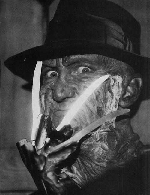 Freddy Krueger's signature pose. | Slasher movies, Freddy ...