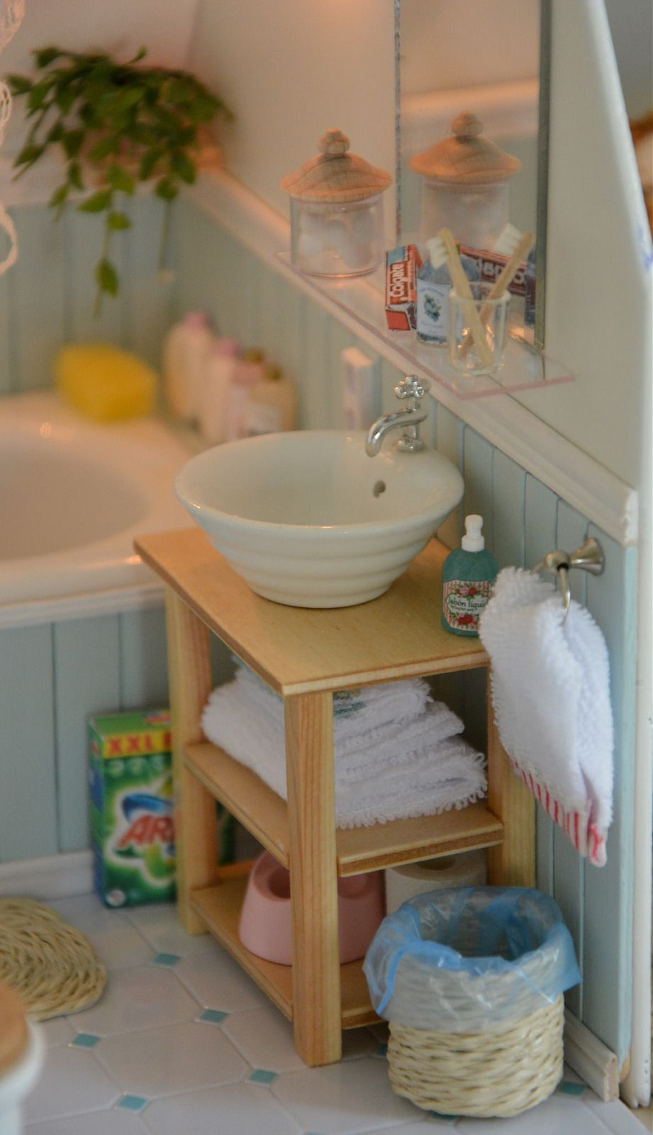 The bathroom in my dollhouse #dollfurniture