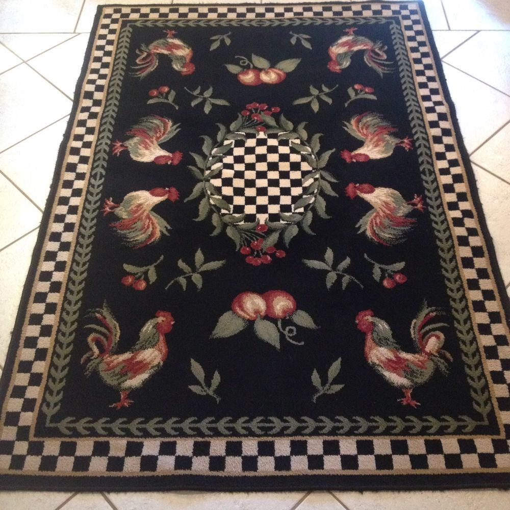 Dalyn Rug Company With A Rooster Design And Very Nice Looking There Are No Holes Or Stains The Whole Face Of It Looks Great In Excellent Used