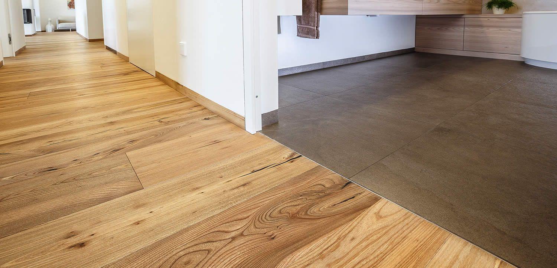 Holzboden Fliesen fliesen und holzboden in einem raum suche прихожая