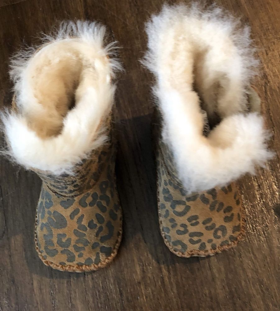 99f5a987318 Infant Baby girl Ugg boots Leopard - Sz-0/1 0-6 XS #fashion ...
