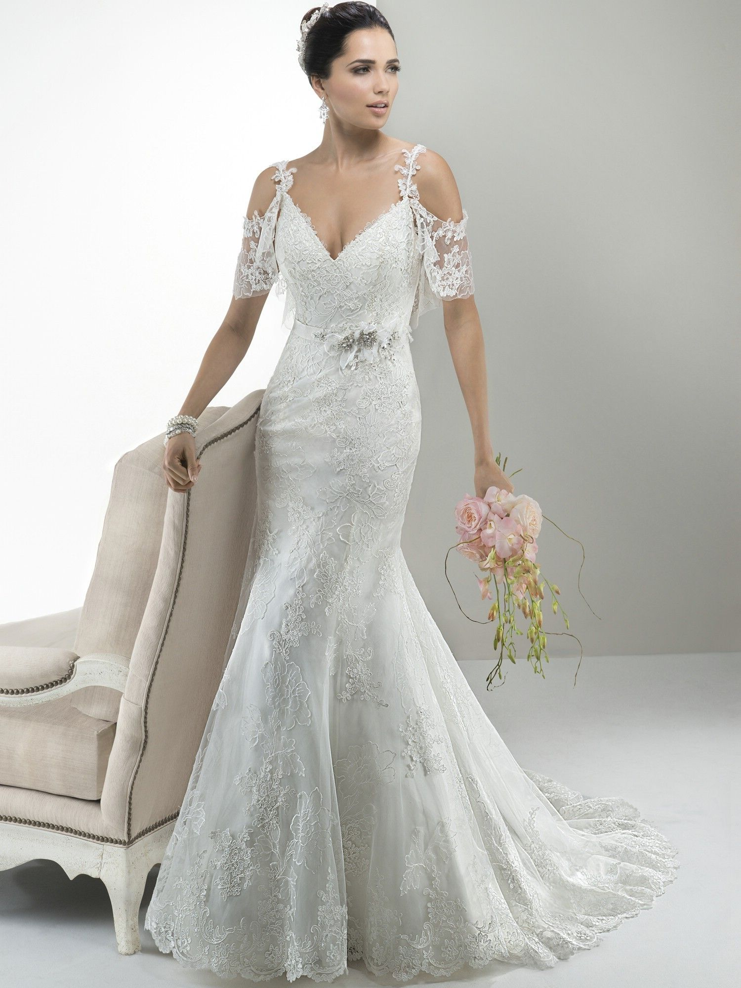loving these peekaboo sleeves maggie sottero wedding dresses style anna 4ms9664ms966fb