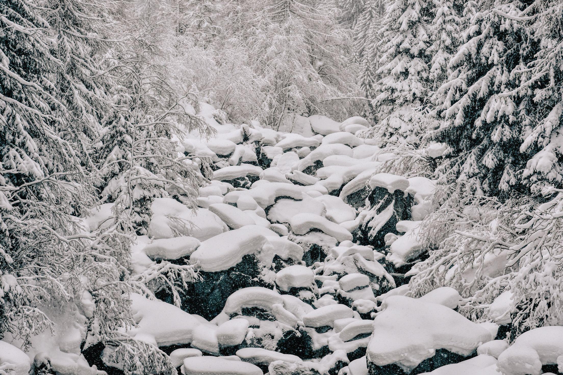 Zinal -  Grimentz Val d'Anniviers photo by @gioja @valaisWallis