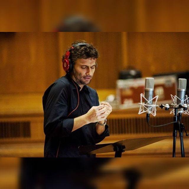 Tomorrow Jonas Kaufmann at @theatre_champs_elysees  can't wait  #JonasKaufmann #kaufmann #tenor #bravo #bellavoce #opera #operasinger #instaopera #music