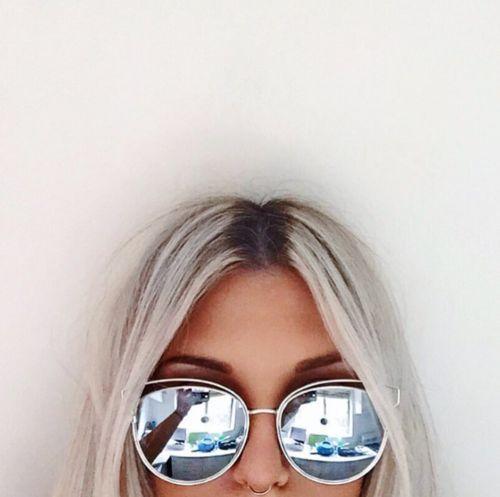 eac3b692b Fotos #tumblr ❤ Se inspire aqui 😙 Óculos De Sol Espelhados, Óculos De Sol