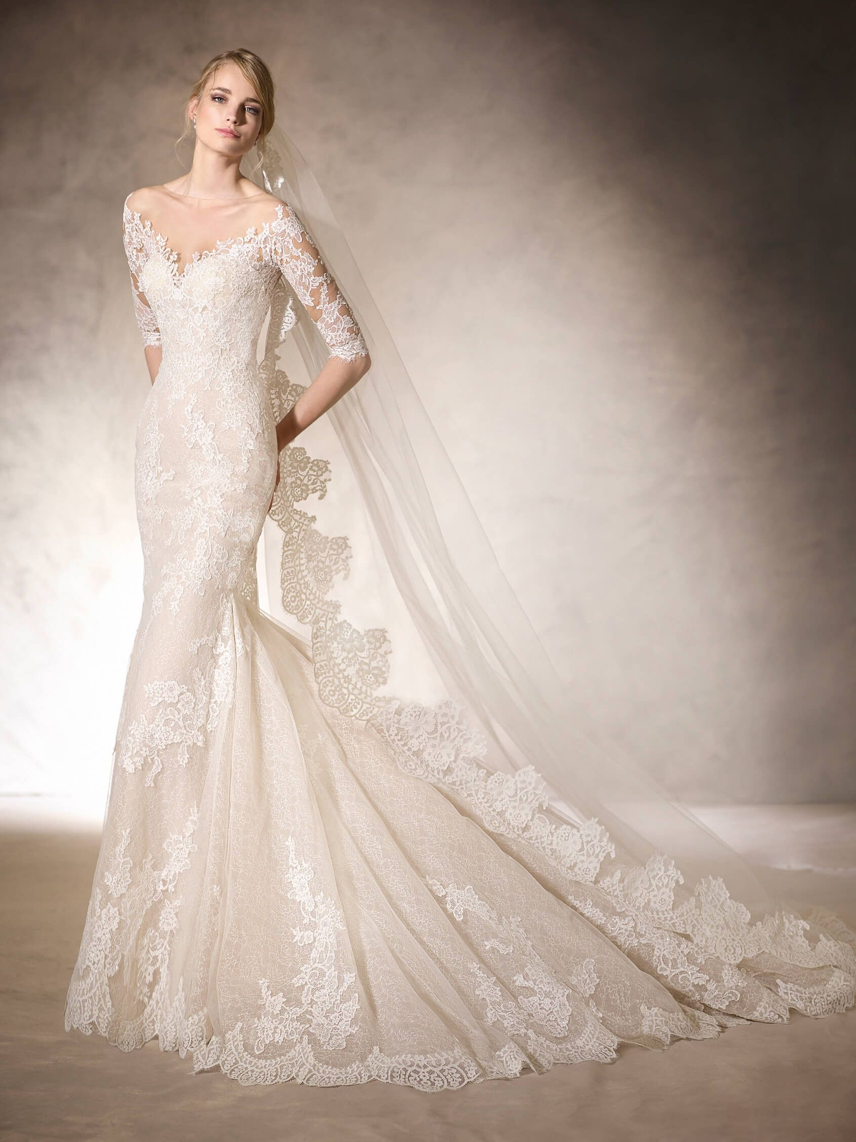 off white new charming half sleeves bridal gown with sweetheart