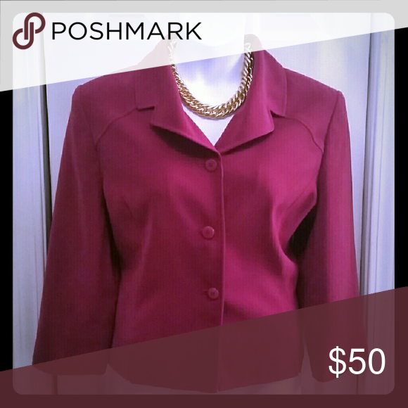 Fuchsia blazer Professional and feminine fuschia blazer 3 button closure  Size 18 Brand is Amanda Smith, simular cut and quality to Tahari 24 inches inner armpit to inner armpit laying flat 17 and half inch shoulder across the back 3 quarter length sleeves  22 inch length shoulder to hem Material,  polyester with full lining Tahari Jackets & Coats Blazers