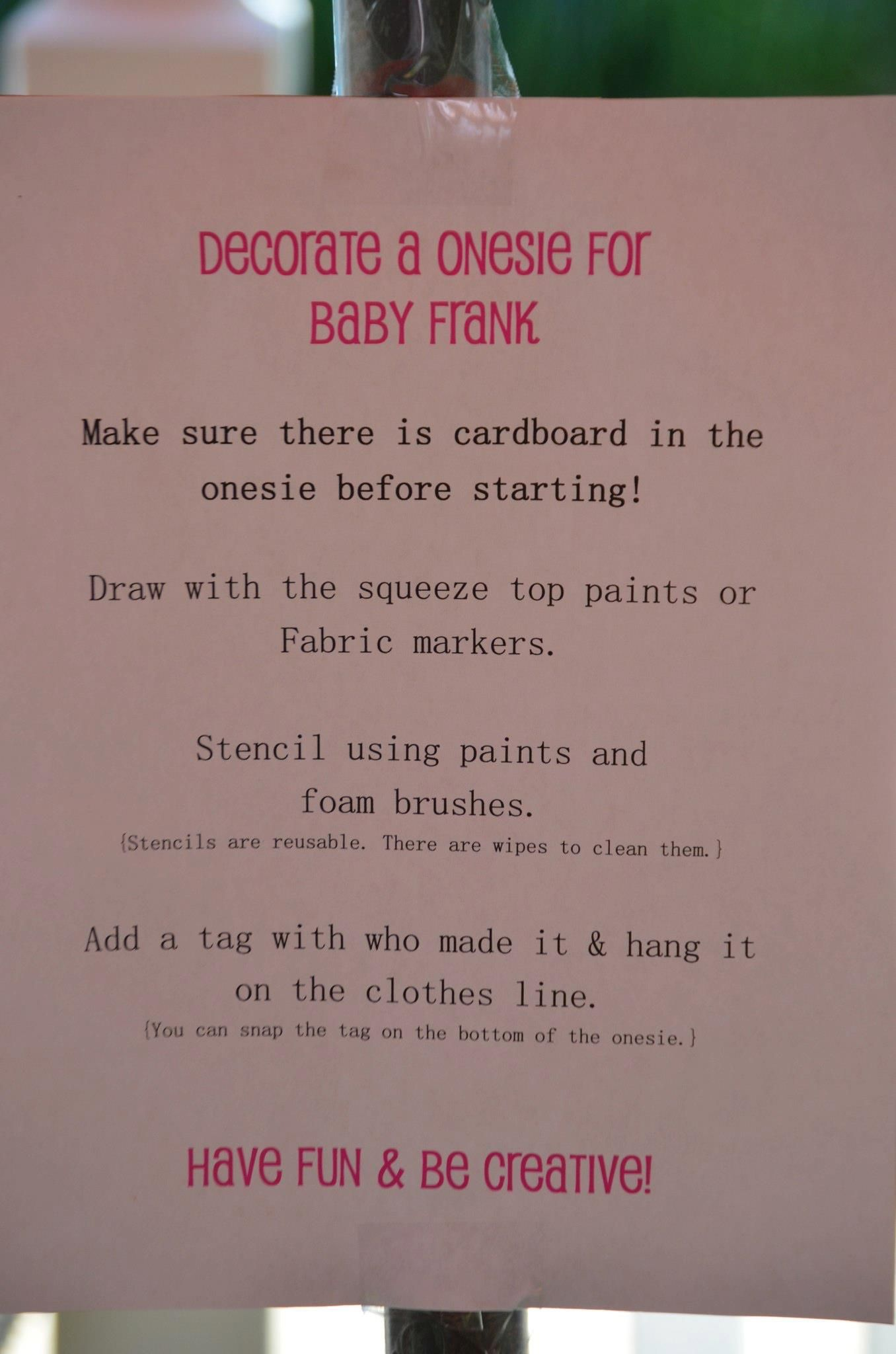 7c5ce0211999c Decorate a Onesie Sign | Cute bby shower ideas | Baby shower signs ...