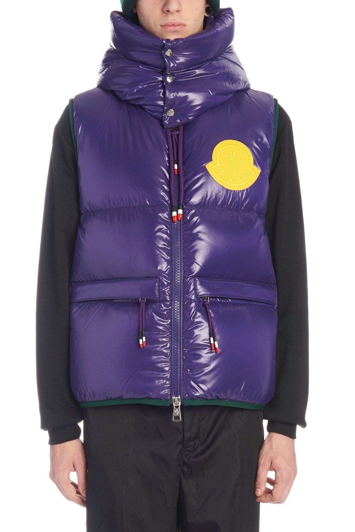 MONCLER 亮面无袖羽绒服. moncler cloth Ski trip, Winter