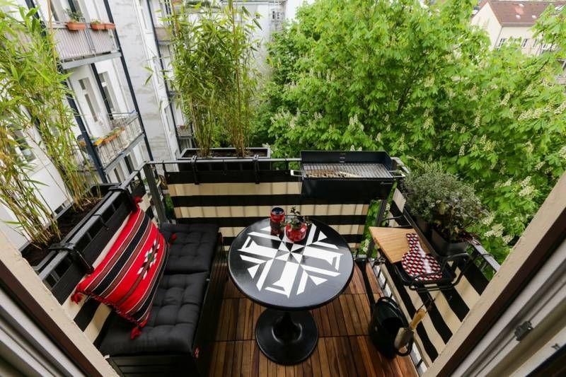 Balkon Ideen - Moderne Einrichtung mit Bambus in Blumenkästen als Sichtschutz