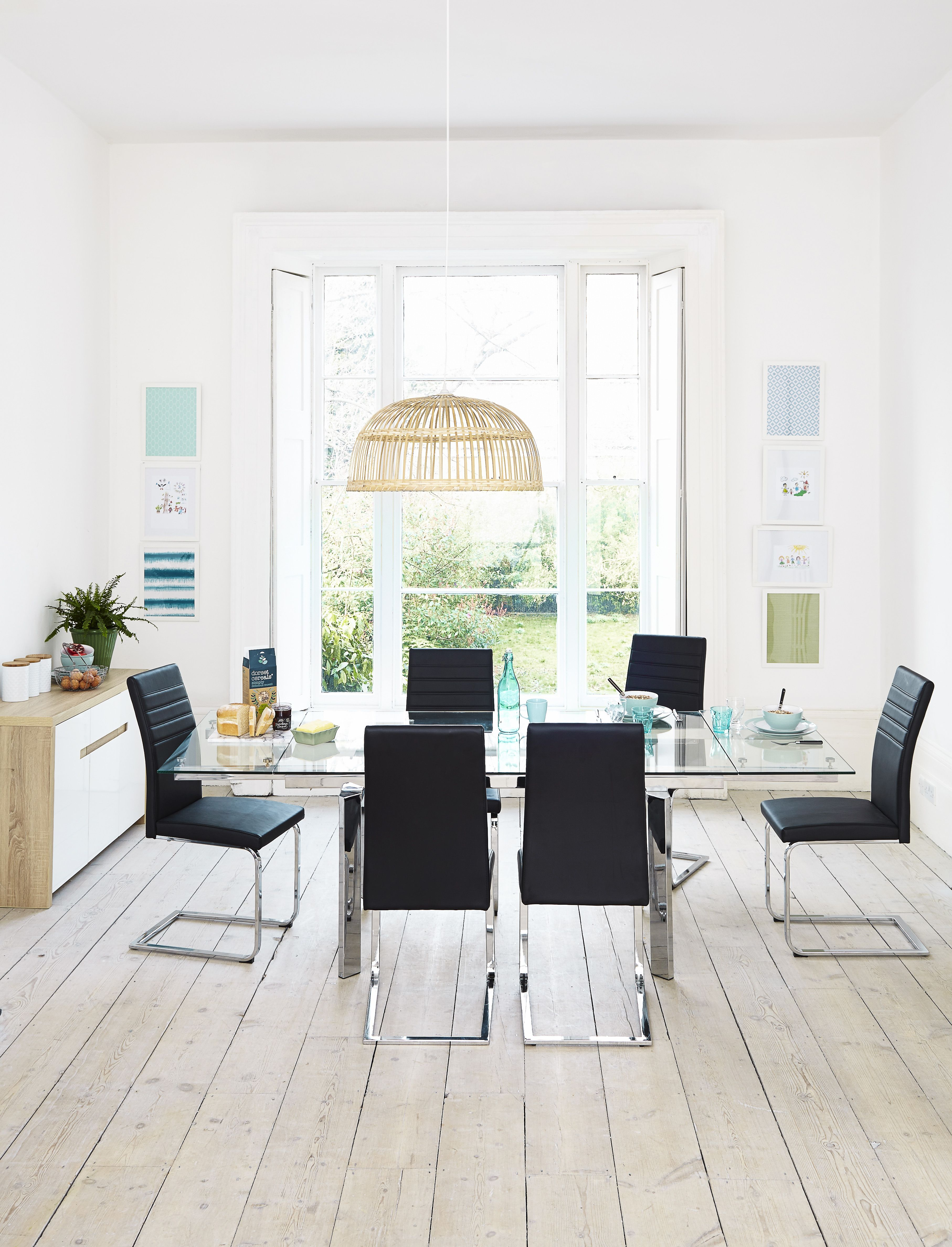 Jarrow Dining Table With A Choice Of Smoked Or Clear Glass. Keep Your Sleek  Table