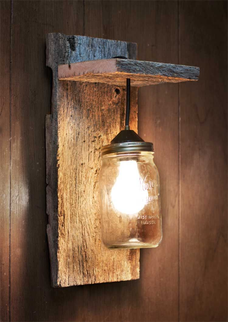 Mason jar light wall fixture barnwood wall by for Fabriquer applique murale bois flotte