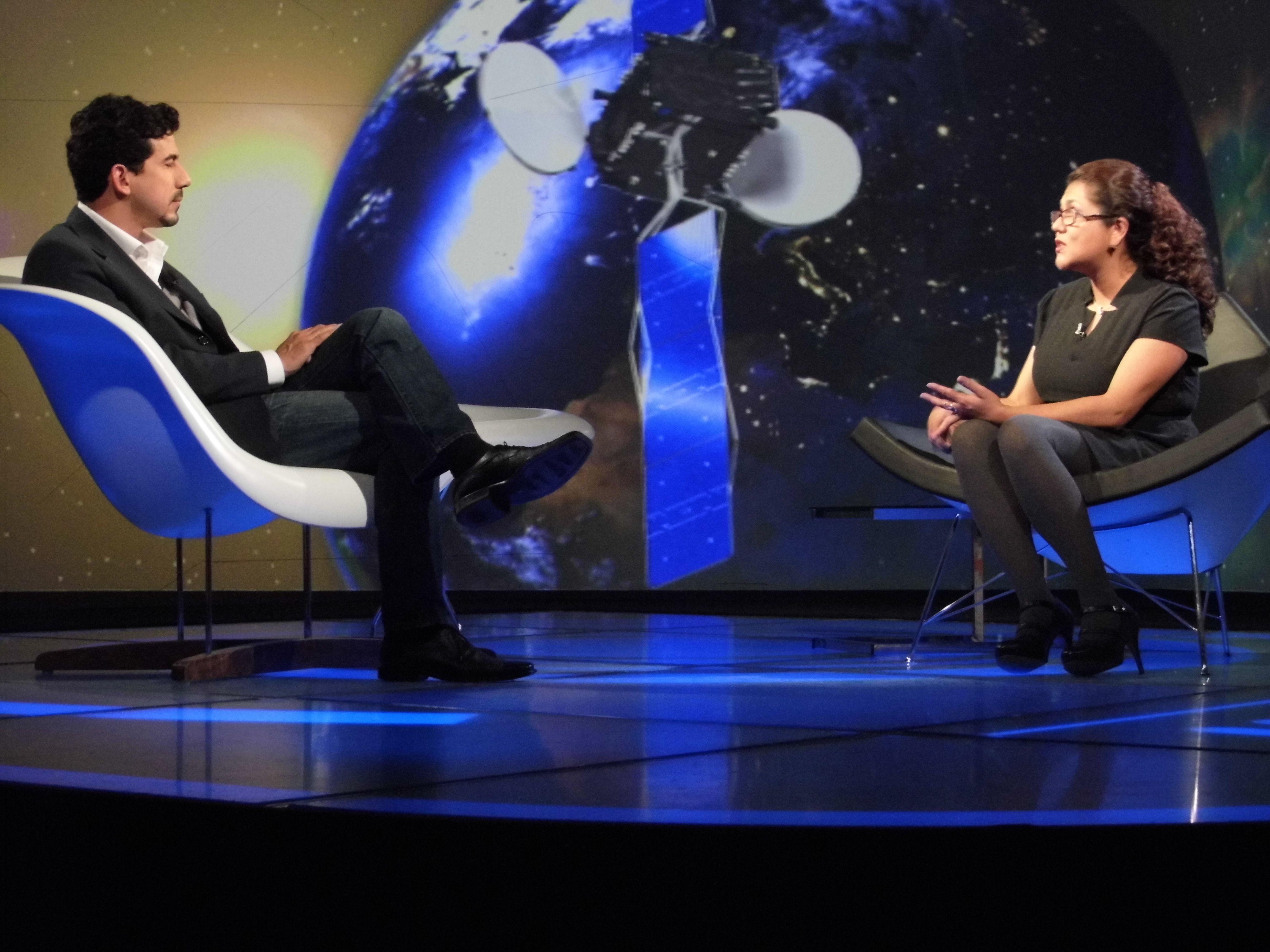 La Dra. Antígona Segura, Investigadora del Instituto de Ciencias Nucleares de la UNAM, cuyo trabajo consiste en generar estrategias científicas para conocer qué compuestos generan vida, y que puedan desarrollarse en otros planetas.