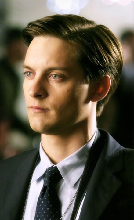 tobey maguire short hairstyle tobey maguire pinterest. Black Bedroom Furniture Sets. Home Design Ideas