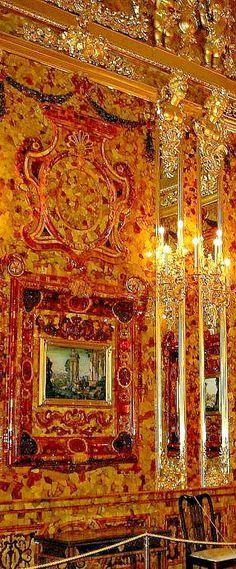 THE ROMANOVS RESIDENCES ~ Amber Room of the residence of Empress Catherine II in Pushkin Tsarskoye Selo, the 18th century