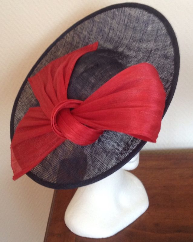 pingl par pdp sur chapeaux millinery hats hats et fascinator hats. Black Bedroom Furniture Sets. Home Design Ideas