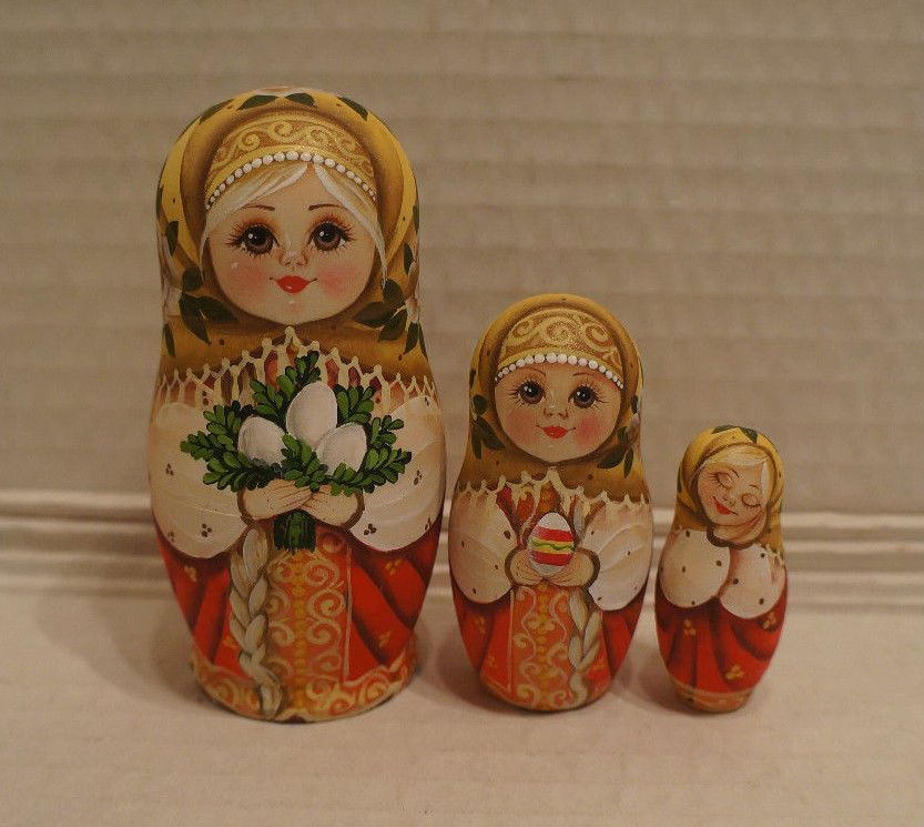 Russian Matryoshka - Wooden Nesting Dolls - 3 Pieces Unique Coloring  - New #3