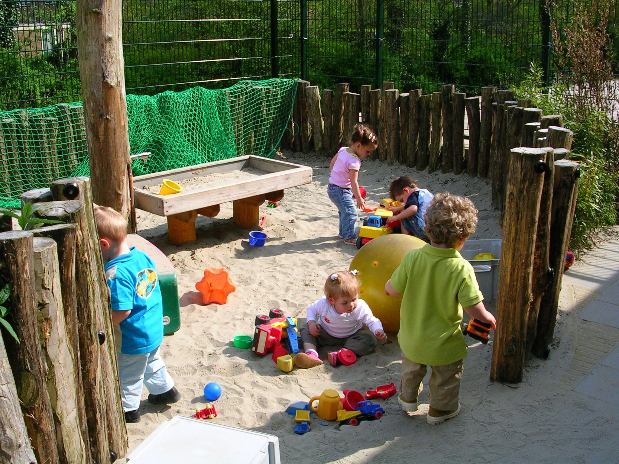 Speelplaats ideeen google zoeken speelplaats pinterest zoeken en google - Buiten image outs ...