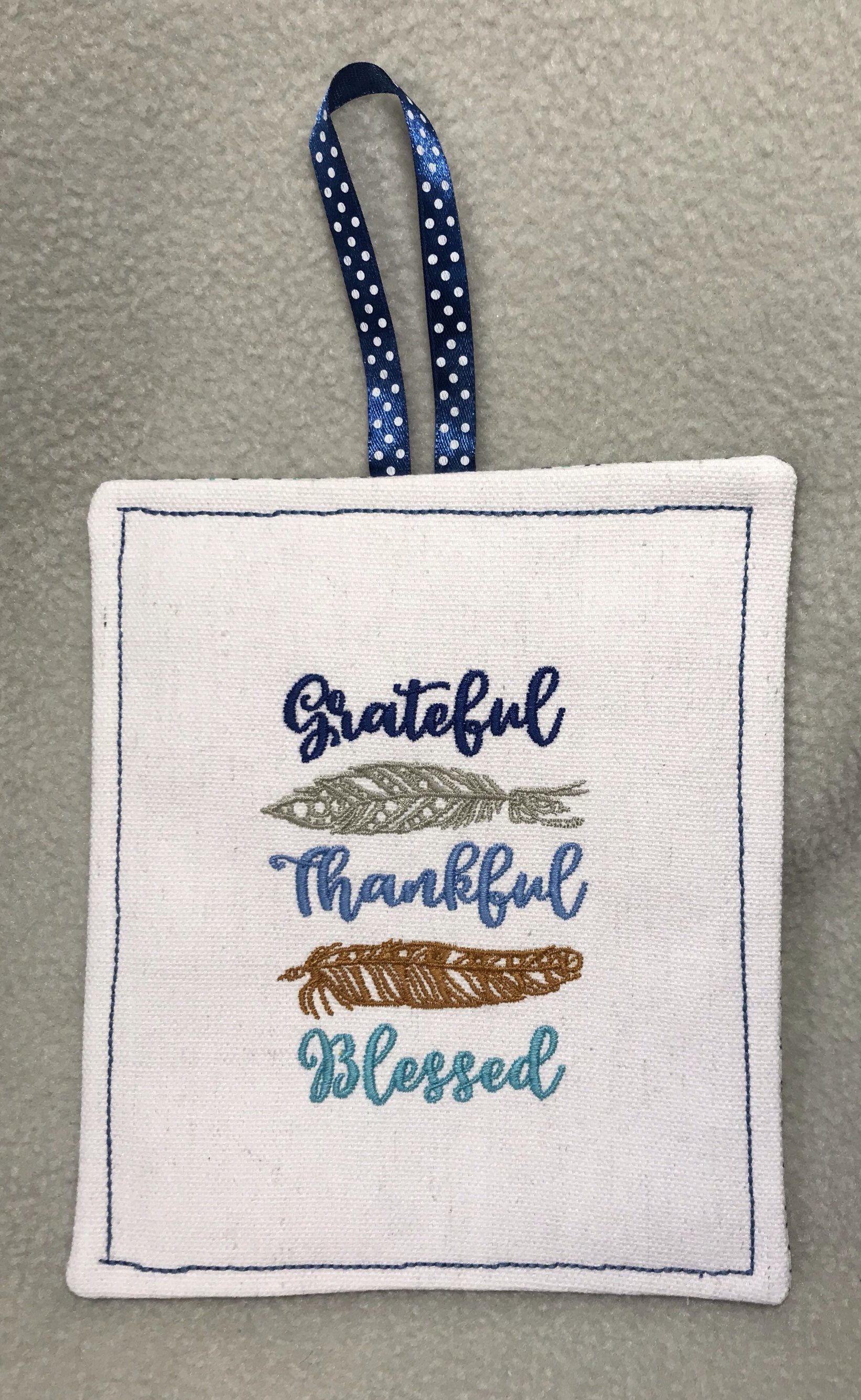 Hanging happy birthday feather card embroidered front