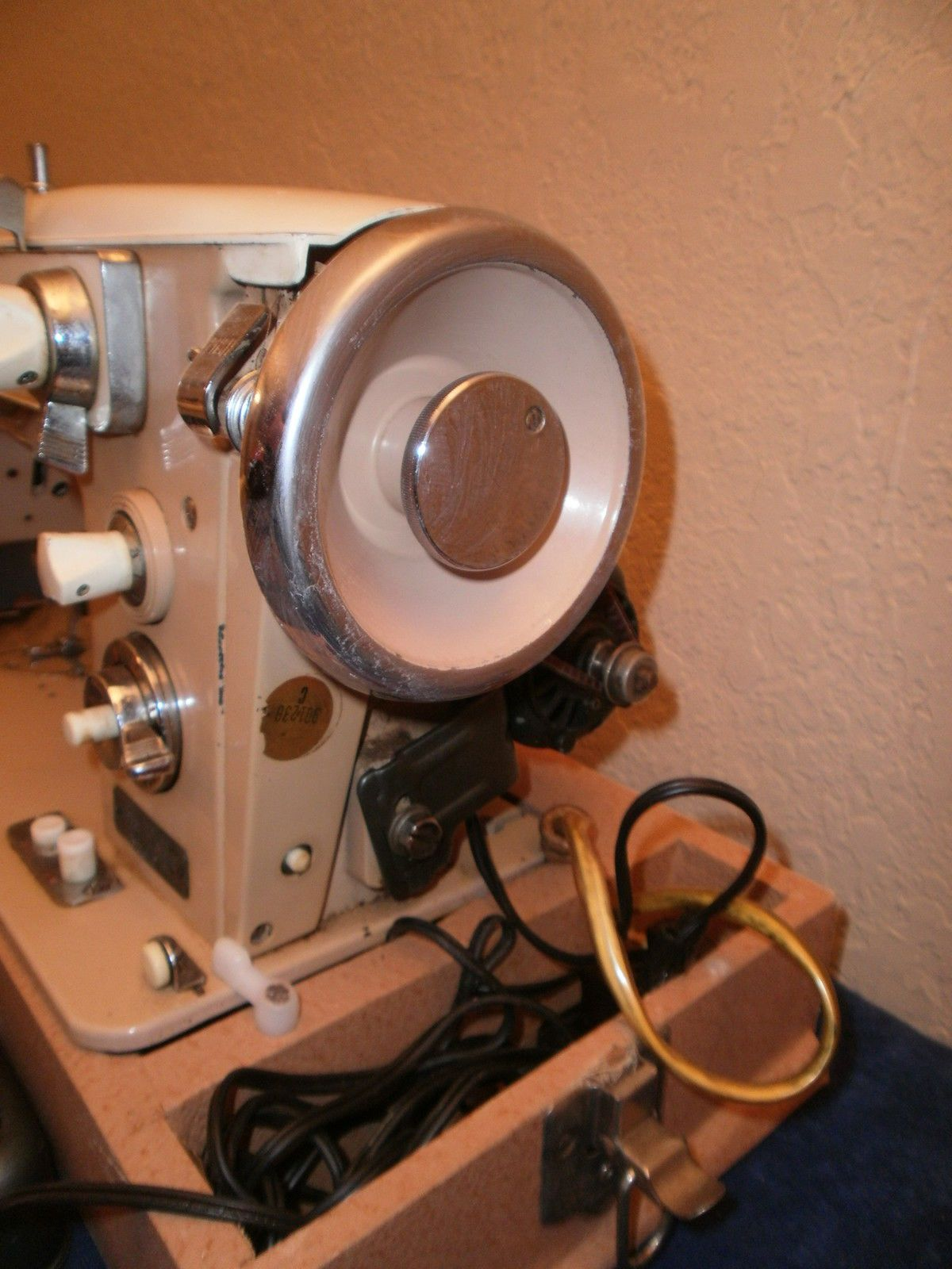 Vintage Remington Model Sam 3B Deluxe Automatic Sewing