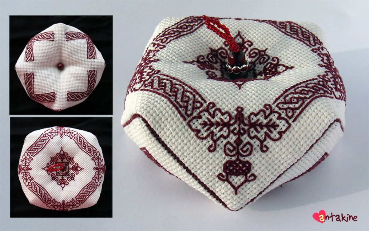 Beautiful blackwork pincushion pattern with oak leaves and acorns in corners.