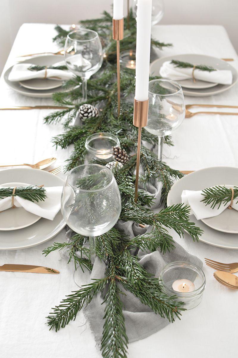 How To Create A Modern Christmas Tablescape Christmas Table Settings Christmas Table Decorations Modern Christmas