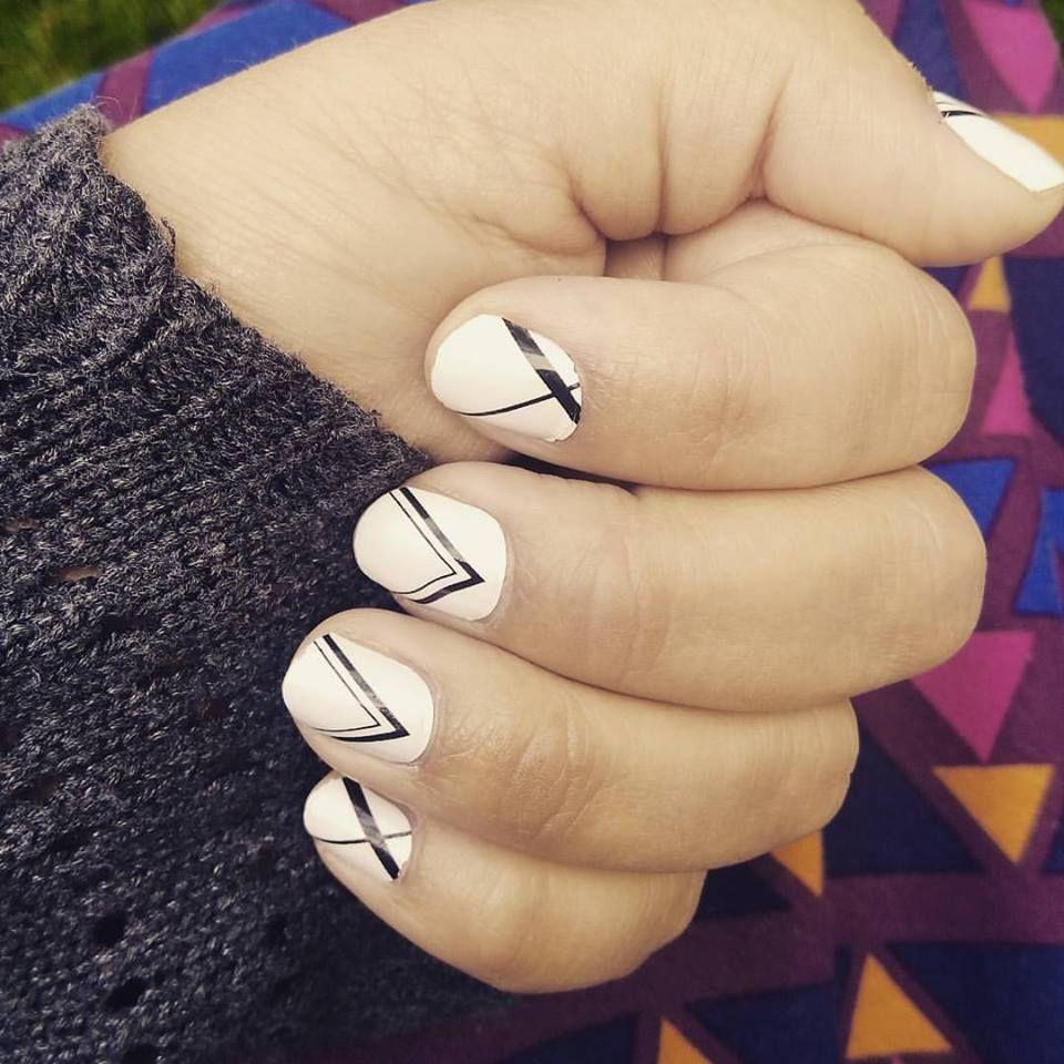 100% real nail polish. No tools or heat required = no mess! Long ...