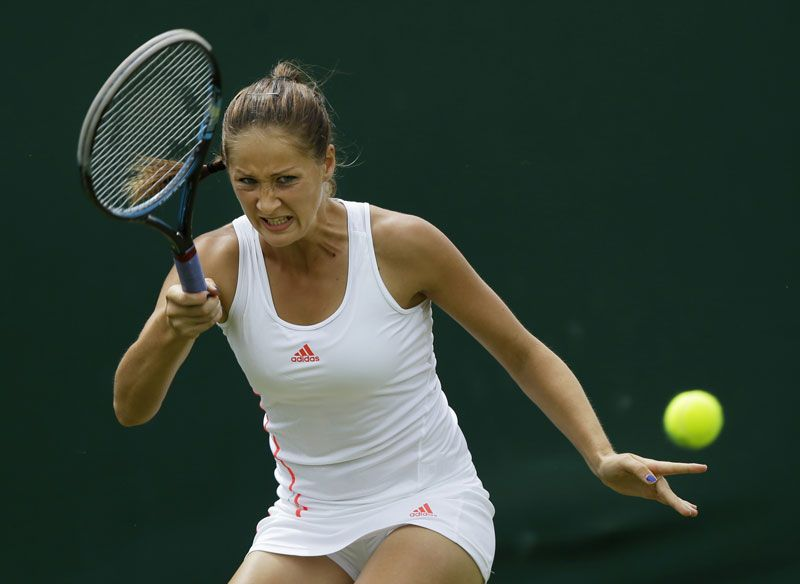 6 23 14 Bojana Jovanovski Def Johanna Larsson 7 6 6 0 In The 1st Rd Of The Championships Wimbledon Play Tennis Glam Slam Tennis Racket