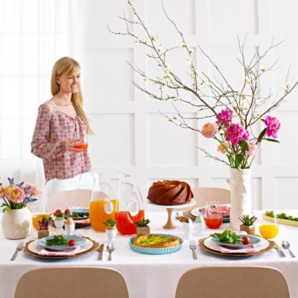 6 Ideas For A Modern Easter Brunch Table Easter Brunch Table Easter Brunch Modern Easter
