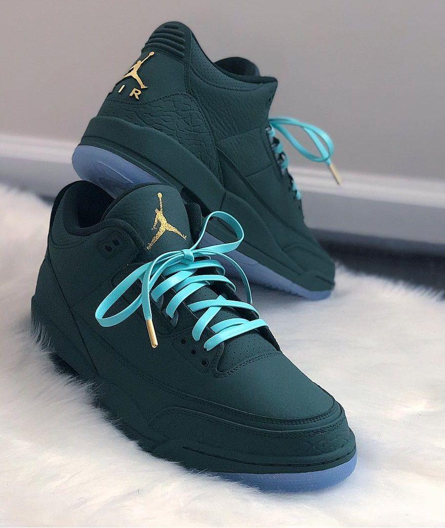 new styles 01495 984ef Green Nike Air Jordan Custom