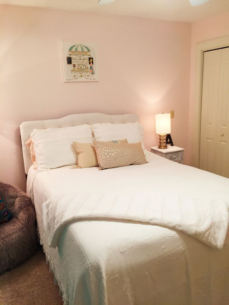 frosted petal by benjamin moore girls room paint paint on benjamin moore paint by room id=45193