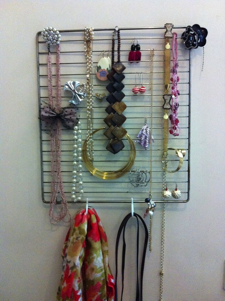 Convert an Oven Rack into a Jewellery Organizer Go an extra step