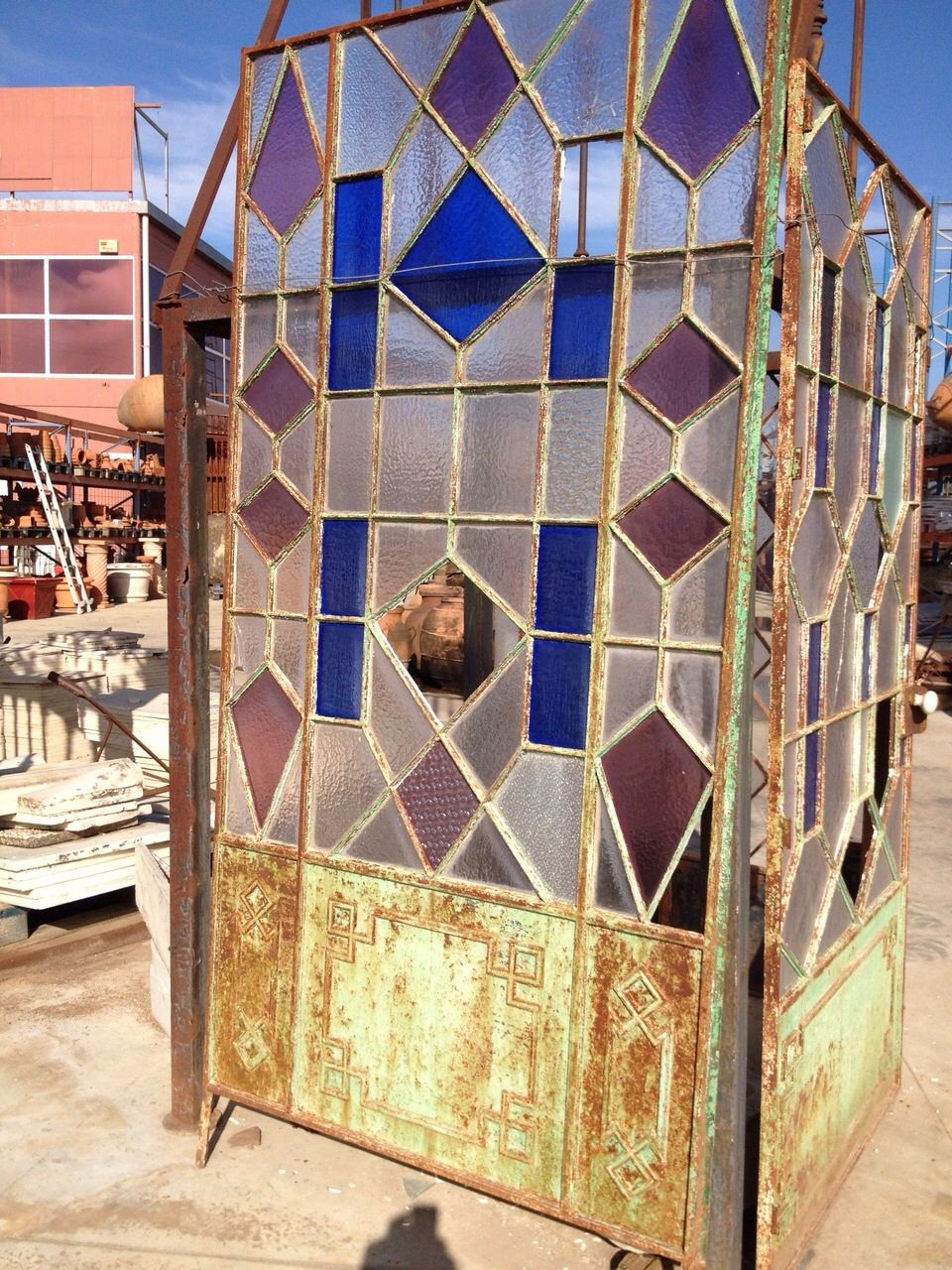 Antigua puerta de hierro y cristal puertas ventanas for Puertas correderas antiguas