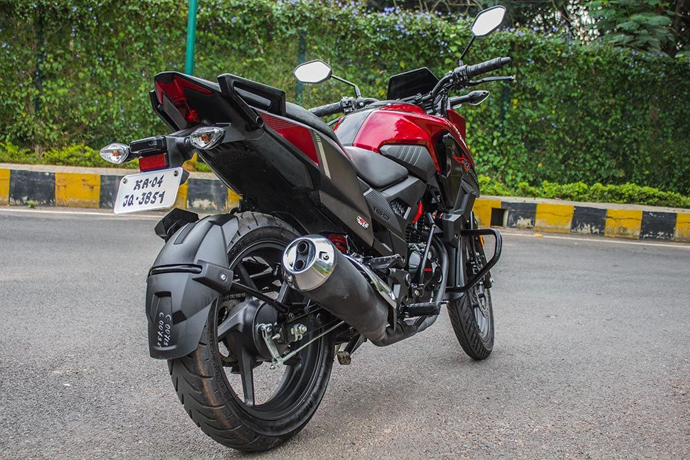 Honda X Blade Abs Launched In India At Rs 87 776 Honda Suzuki