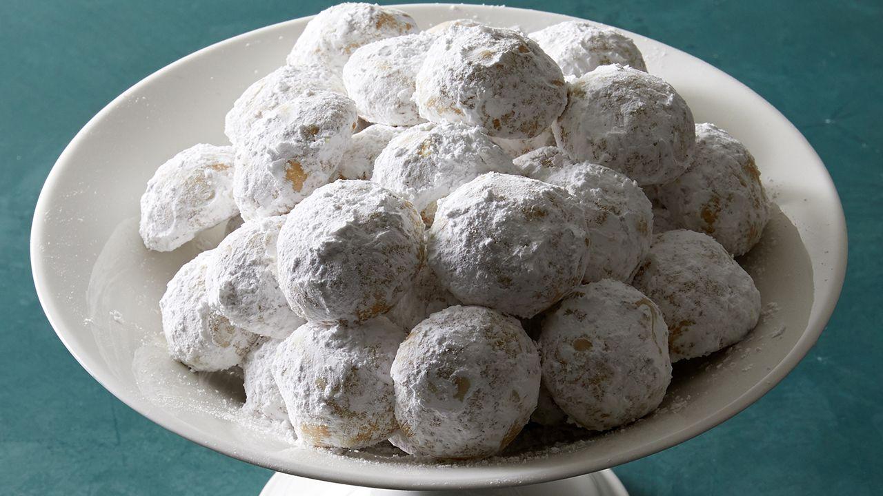 Greek Butter Cookies (Kourabiedes) Recipe in 2019