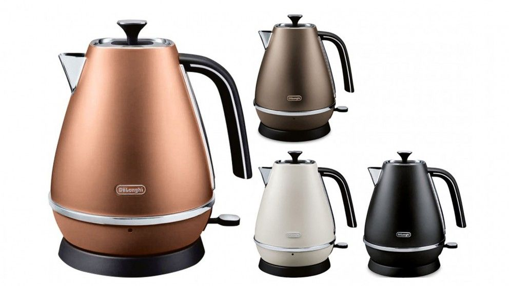Delonghi 1.7L Distinta Kettle