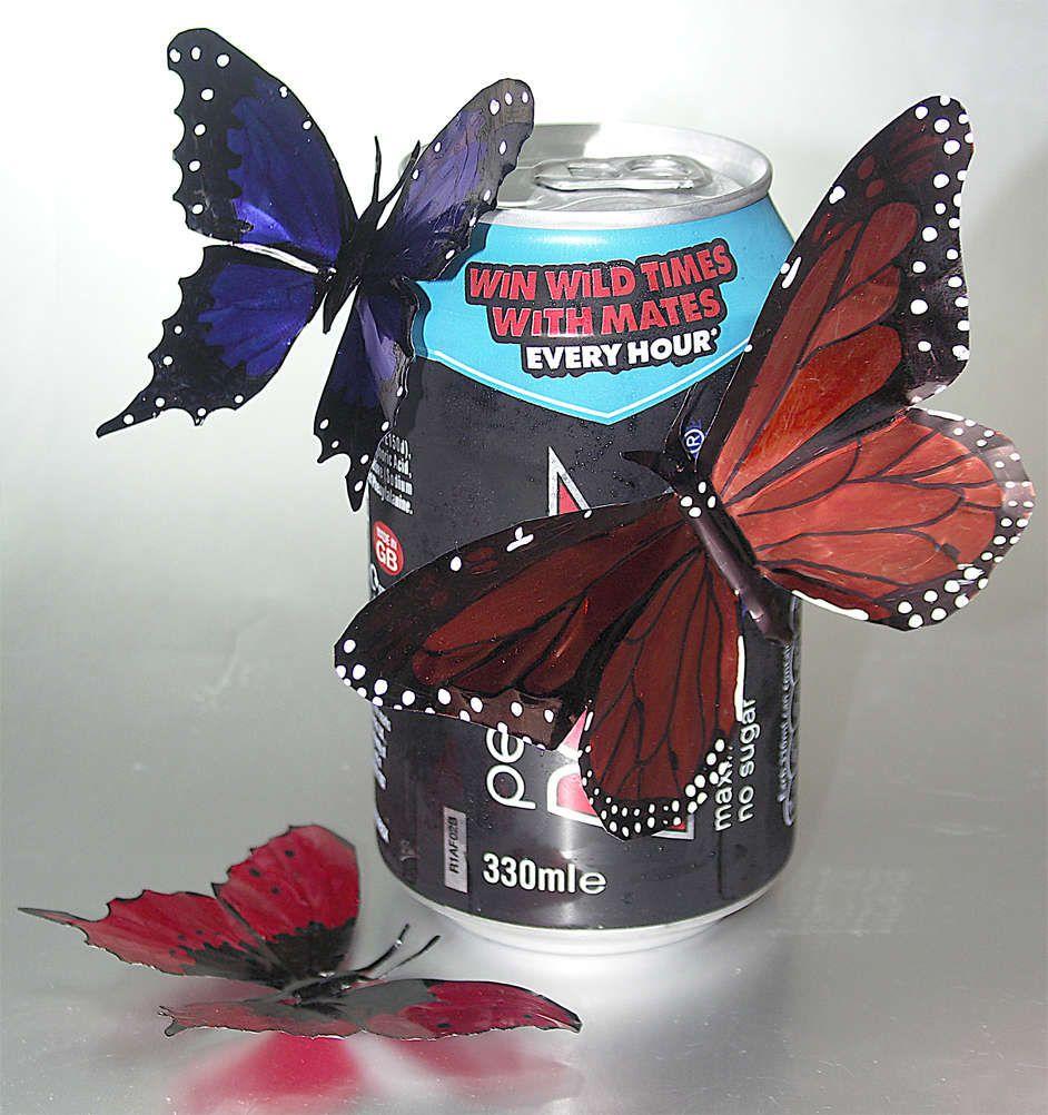 Drink Can Butterflies | Getränkedosen, Maschendraht und Müll