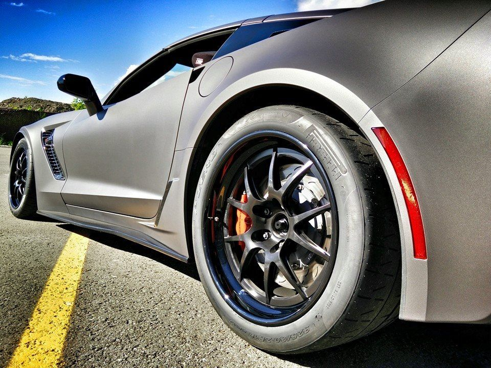 Our friends at VAG Motorsport set up this C7 Z06 for track duty with custom cage, AP Racing brakes, and Pirelli Trofeo tires on Forgeline GA3R wheels finished with Satin Black centers and Gloss Black outers. See more at: http://www.forgeline.com/customer_gallery_view.php?cvk=1409 ‪#‎Forgeline‬ ‪#‎GA3R‬ ‪#‎notjustanotherprettywheel‬ ‪#‎madeinUSA‬ ‪#‎Corvette‬ ‪#‎C7‬ ‪#‎Z06‬