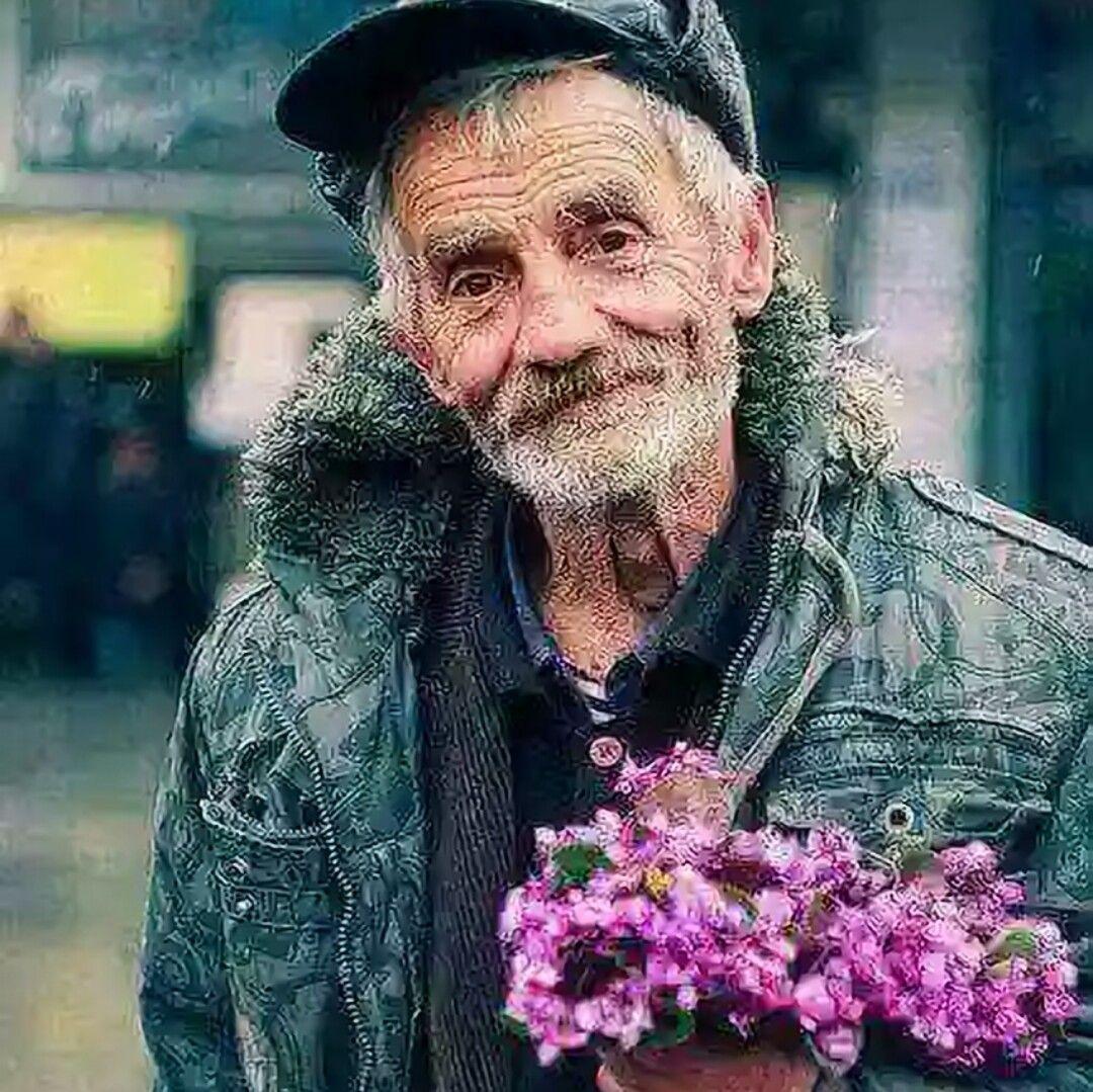 أريد شايب يدللنى ولا شاب يعللنى Poverty Photography People Photography Photography