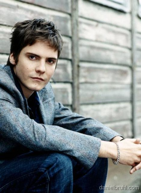 Daniel Bruhl. Omiggooooddd. The hottest man alive aside from my husband.