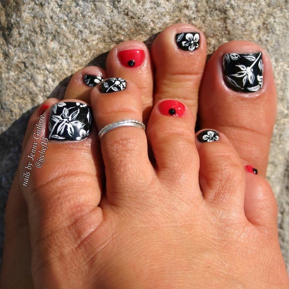 Black dress nails - 56 Adorable Toe Nail Designs For Summer 2017