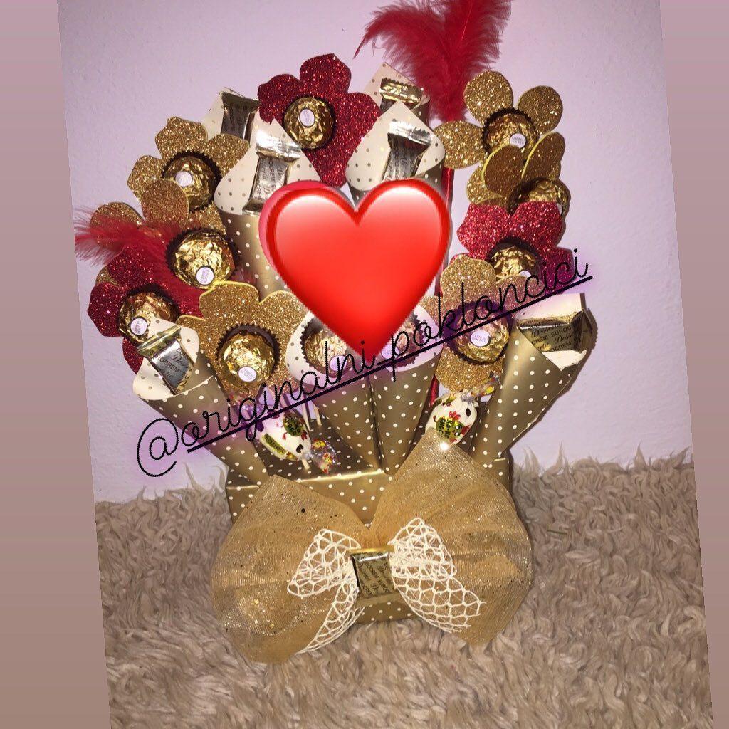 Porucivanje Dm Gift Love Surprise Cokoladice Candy Kindersurprise Kindercake Kinderchocolate Porucivan Kinder Chocolate Ornament Wreath Kinder Surprise